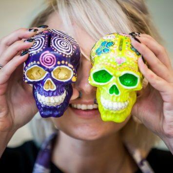 Готовимся к Хэллоуину: создаем праздничный декор своими руками