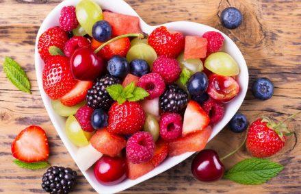 Ягодно-фруктовый день в Творческом лагере