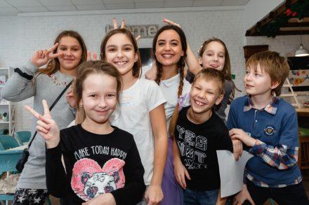 Творческий лагерь для школьников во время школьных каникул